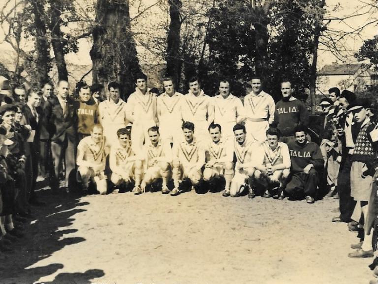 (RETRO) Cahors à l'heure italienne en 1951 (PLANETE XIII)