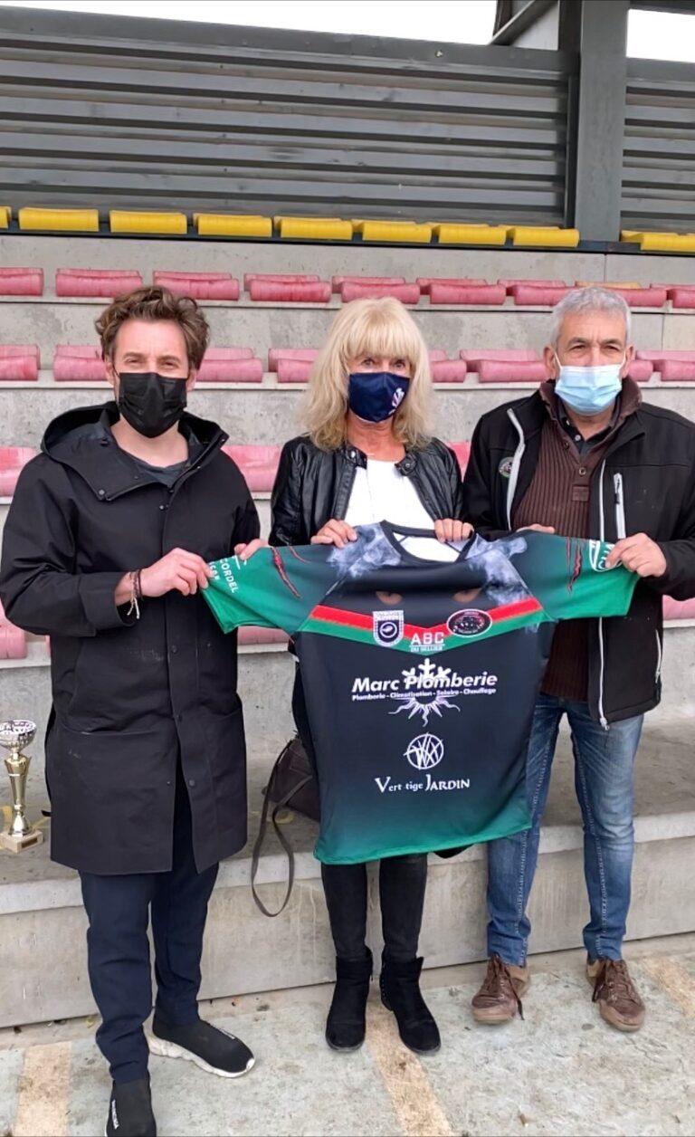 Remise de ballons et présentation du nouveau maillot à Toulouges XIII