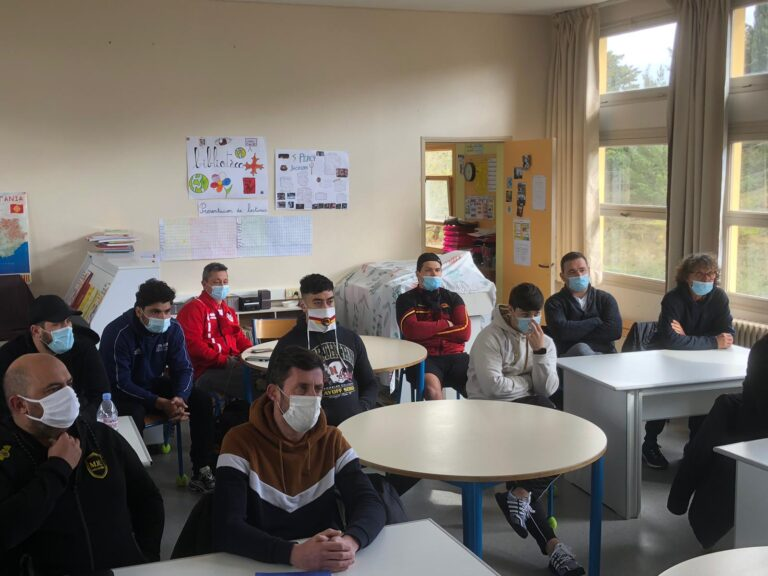 Formation : prépa physique, performance… une journée studieuse à l'école Calendreta de Carcassonne